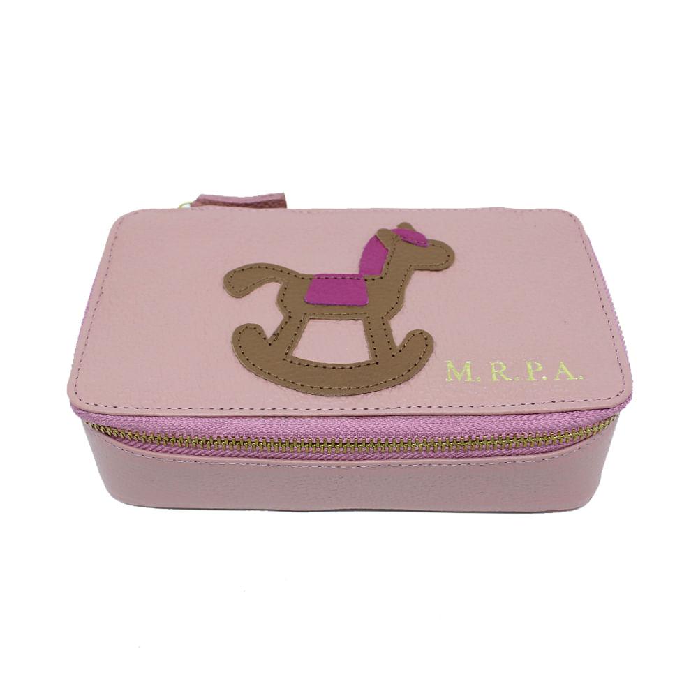 merci-with-love-porta-joias-lourdes-little-horse-algodao-doce-liso-detalhe-fucsia-liso-frente