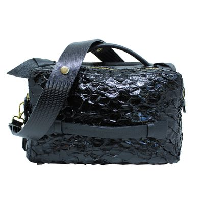 merci-with-love-bolsa-constance-preto-pirarucu-com-preto-paris-frente