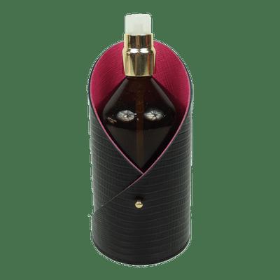 merci-with-love-porta-alcool-gel-moma-preto-paris-pink-prada-frente1